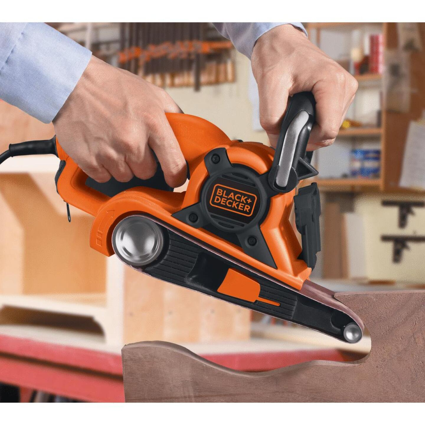 Black & Decker 3 In. x 21 In. Dragster Belt Sander Image 3